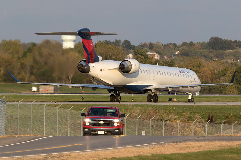 Port Columbus International Airport   CMH / KCMH<br /> Columbus, Ohio<br /> [Canon EOS 7D Mark II + EF 100-400mm f4.5-5.6L IS USM]