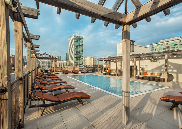 terrazio-chicago-rooftop-pool