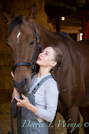 Girl and her horse_149
