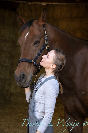 Girl and her horse_151