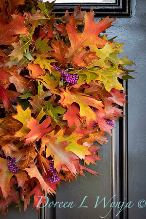 Fall wreath - front door_7385