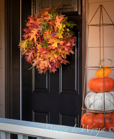 Fall wreath - front door_7390