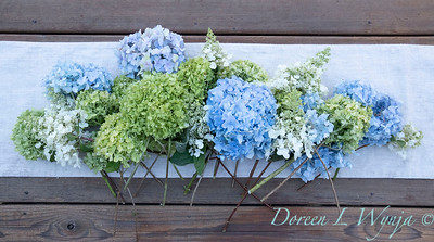 Hydrangeas arrangement on linen_2168