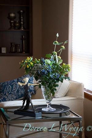 Mahonia - Sedum - Hypericum arrangement_2143
