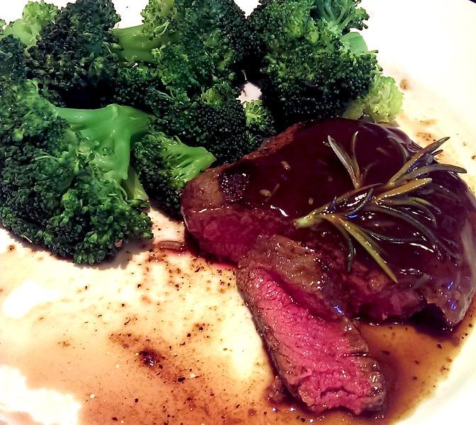 Rare Steak in Rosemerry Burgundy sauce