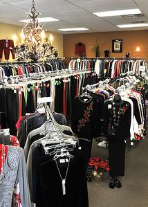 Consignment shop-898