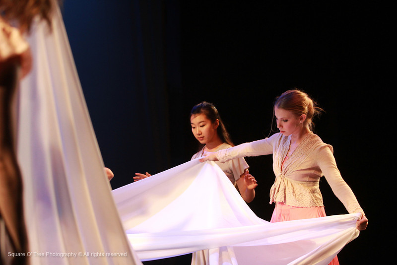 Jingqiu Guan (left) and Kathryn Ross practice their piece, The Shape of Memory at Space Place Theatre on Tuesday, November 27, 2012 in Iowa CIty, Iowa. The piece will be part of the collaborative performance created by student artists from the Department of Dance, The School of Music, and The Department of Theatre Arts. The concert will be produced at 8:00 p.m. on November 29 through December 1.  (The Daily Iowan/Sumei Chen)