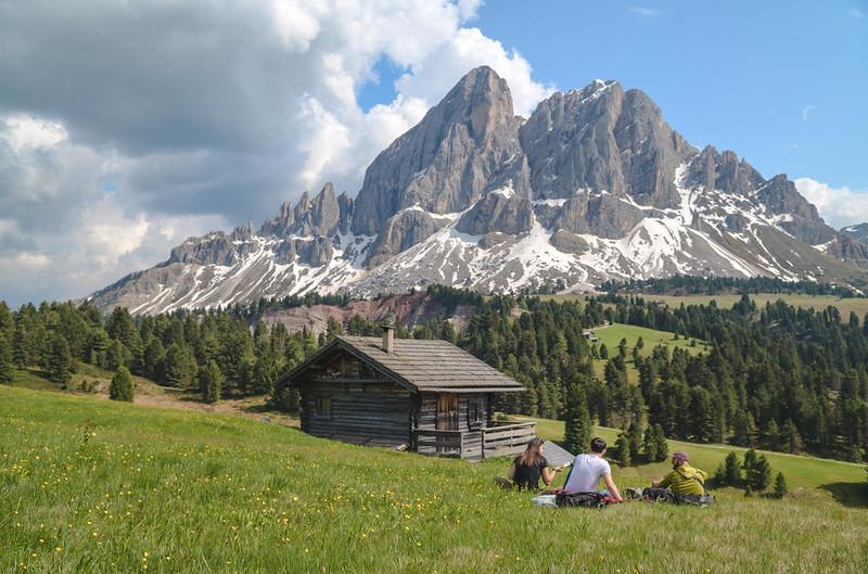 Ütia de Börz - surrounding activities and landscapes  // Outdoor, lifestyle photography