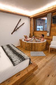 "Borgo Antico Sappada - ""Abete"" room with hydromassage and offered wine  // Interiors, lifestyle photography"
