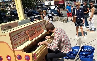 20170826 SOPAC Playing Pianos Around South Orange 150