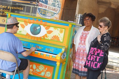 20170826 SOPAC Playing Pianos Around South Orange 102