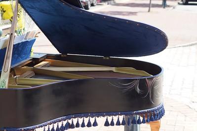 20170826 SOPAC Playing Pianos Around South Orange 122