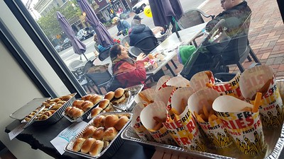 Food and Pub Crawl South Orange NJ   5-7-2017 6-21-06 PM