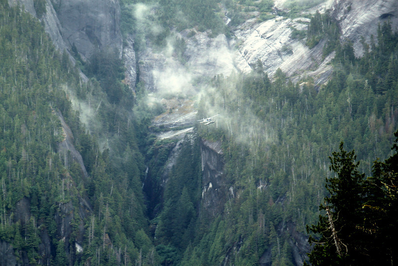 Excursion plane in the Misty Fjords