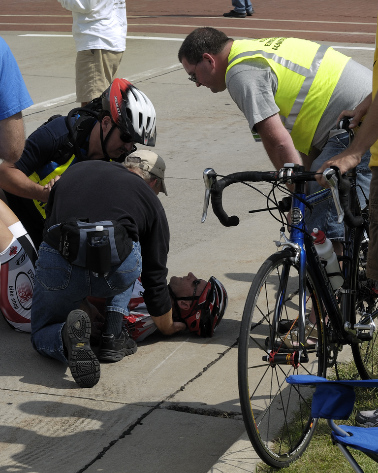 Grand Rapids Priority Health Bike Classic Race - Nasty Crash with Steve doing the initial treatment.