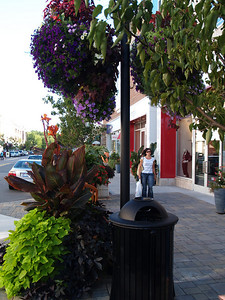 2006-08-16 - CP - Street scene 08