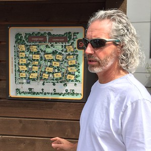 "2016-08-01  Grow Neighborhood (Phase 1) on Bainbridge Island A ""serious"" Jonathan Davis (the Designer)"