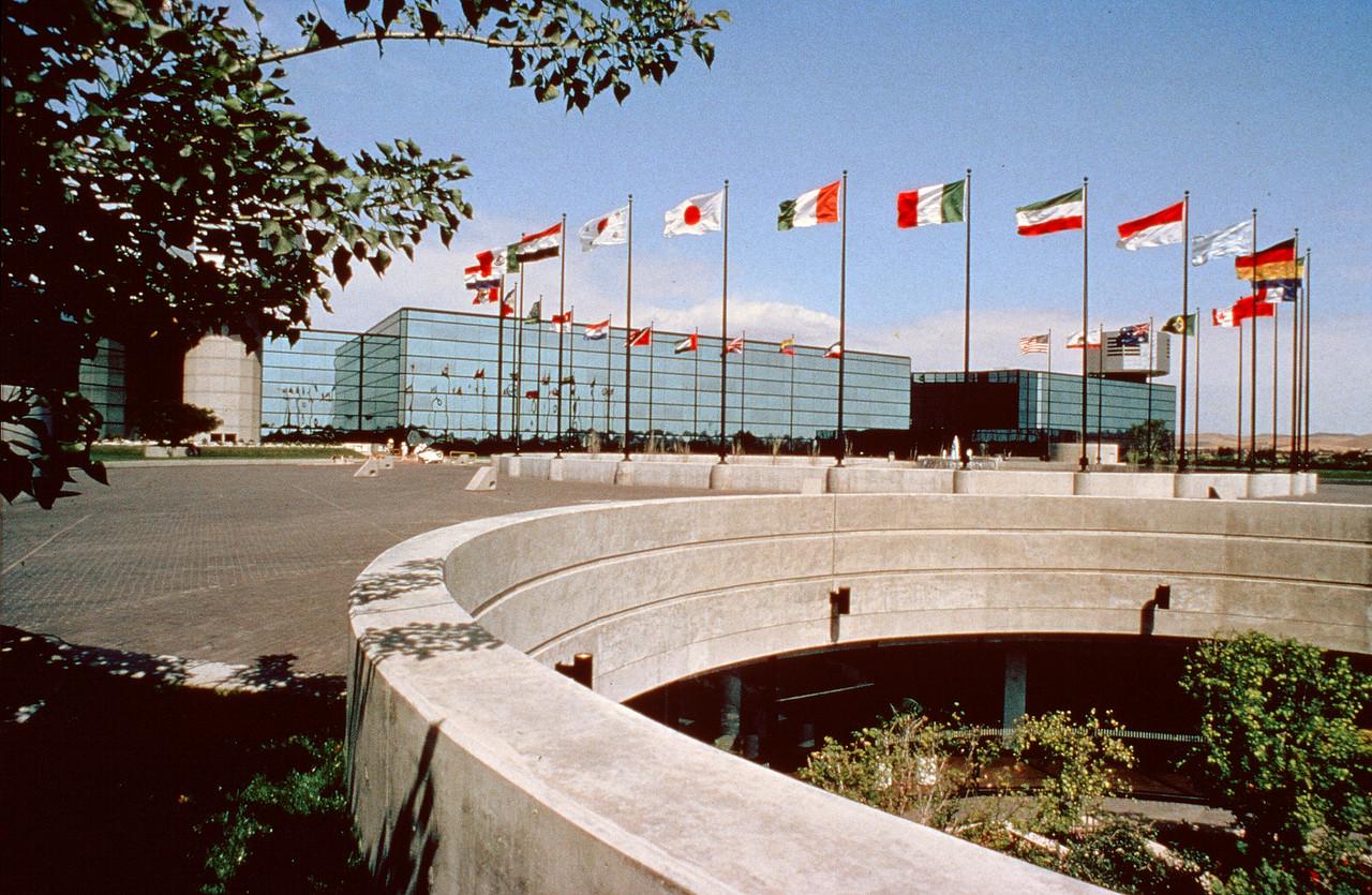 1978-XX-XX - TIC - Flour Corporation HQ