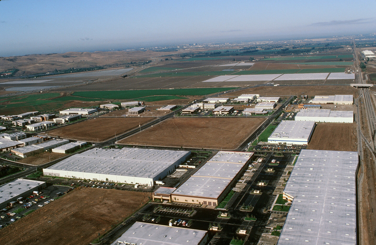 1980-XX-XX - TIC - Irvine Industrial Complex East (Later Spectrum)