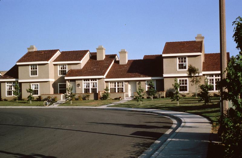 1981-XX-XX - TIC - Townhomes in the Southwest Quadrant of Woodbridge