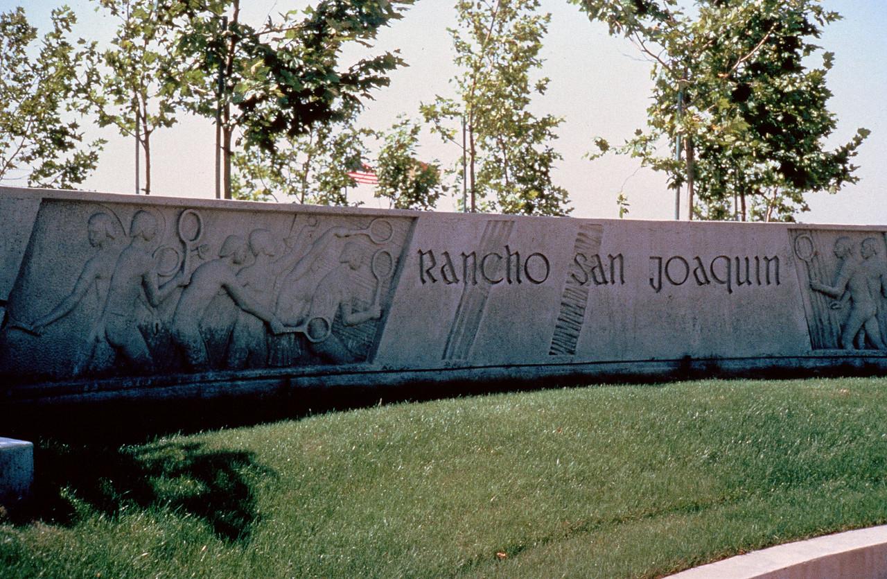 1980-XX-XX - TIC - Rancho San Joaquin Entry