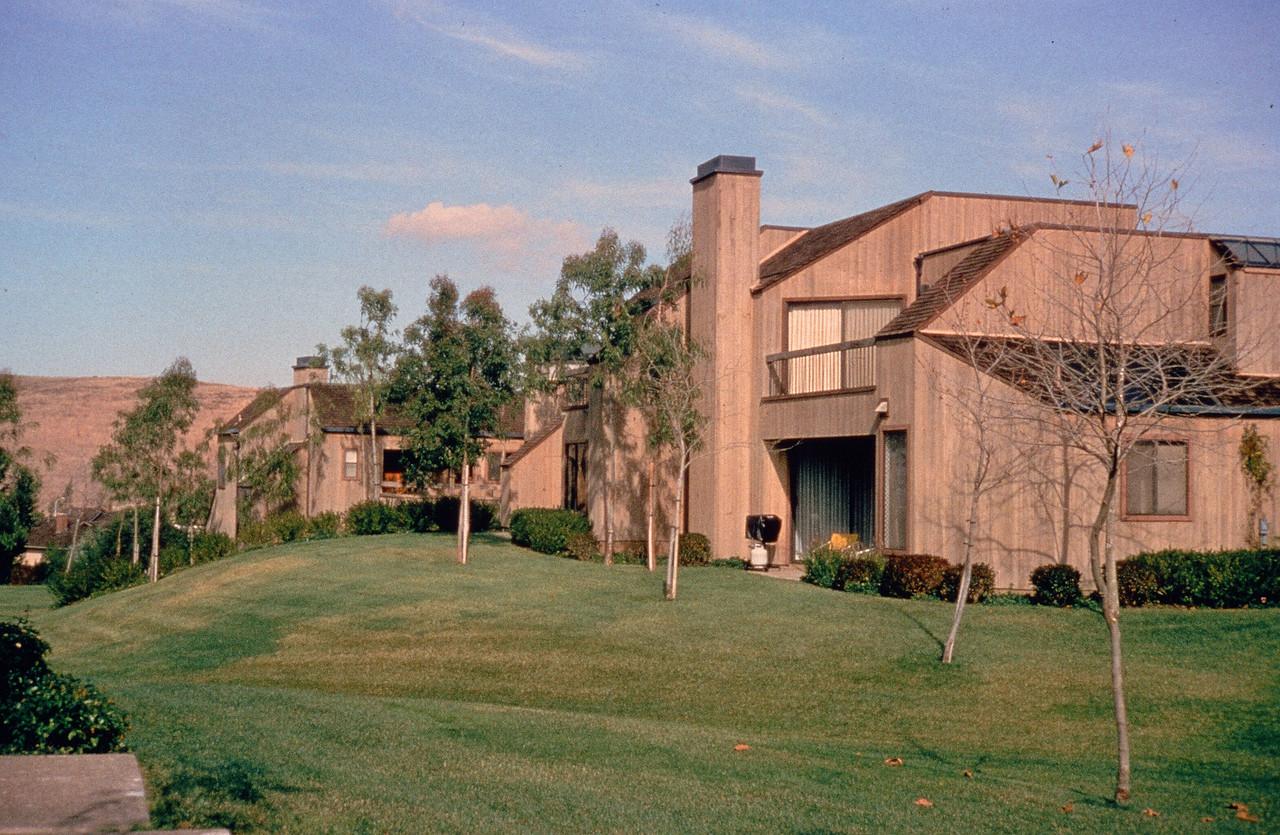 1980-XX-XX - TIC - Fisher Friedman Townhomes in Turtle Rock