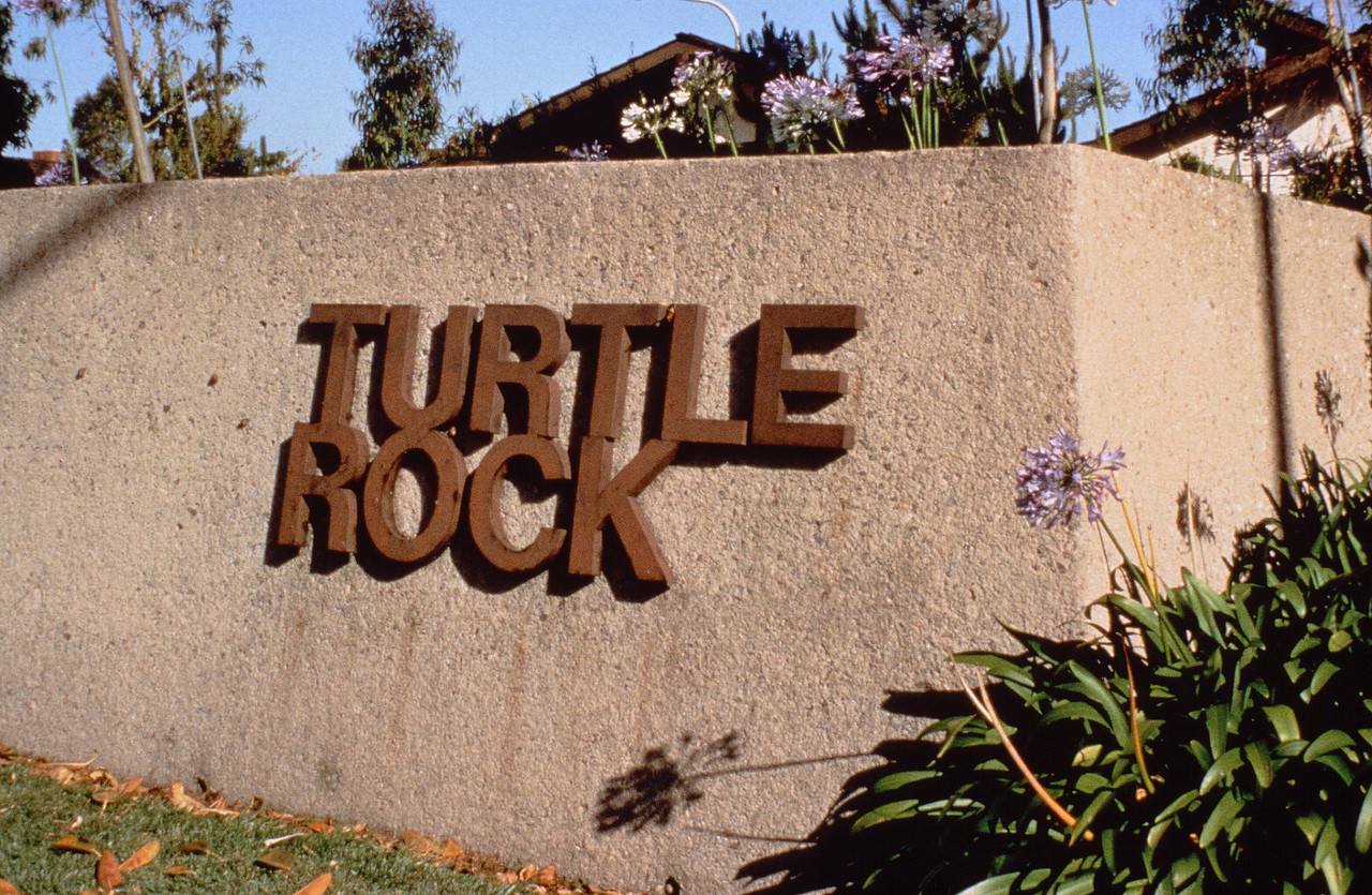 1980-XX-XX - TIC - Turtle Rock Entry and Landscaping