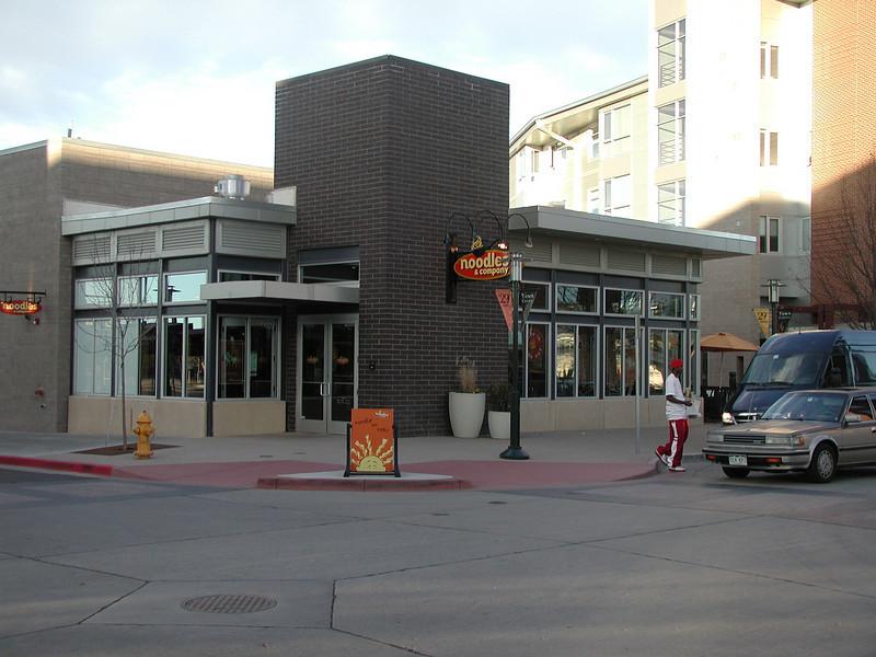 2004-11-07 - Denver - Stapleton (20)