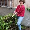 Connie Jones wrestling big vines