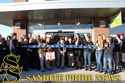 Ribbon cutting at the new ALDI grocery store.