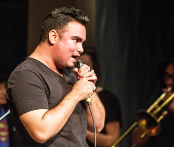 Vocalist Hector Oseguera performs in the jam session with Doug Wimbish.