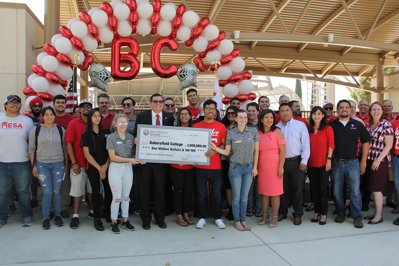 Assemblyman Rudy Salas presents a check for $1 Million to Bakersfield College