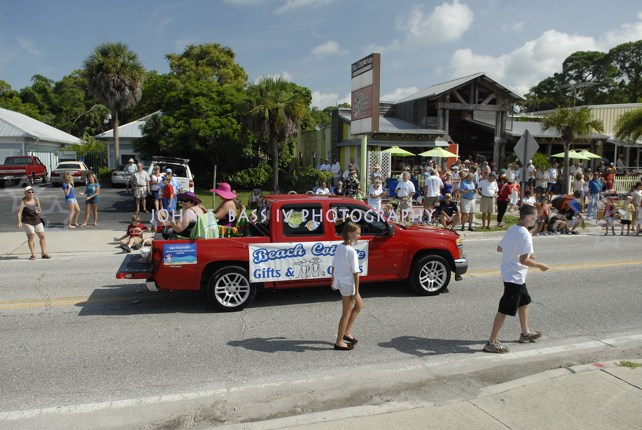 PIONEER DAY PARADE 2011-0 (1)