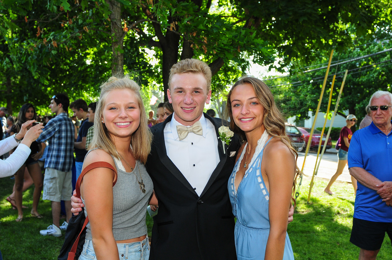 2015-05-30 - Sr Prom at Conways and Common0122