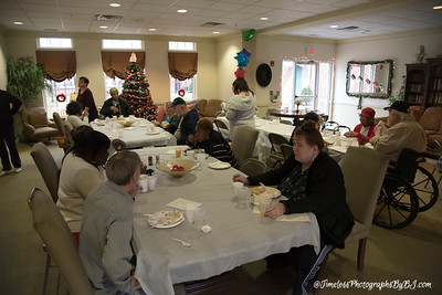 2016_Salem_Senior_Village_Christmas_Party1