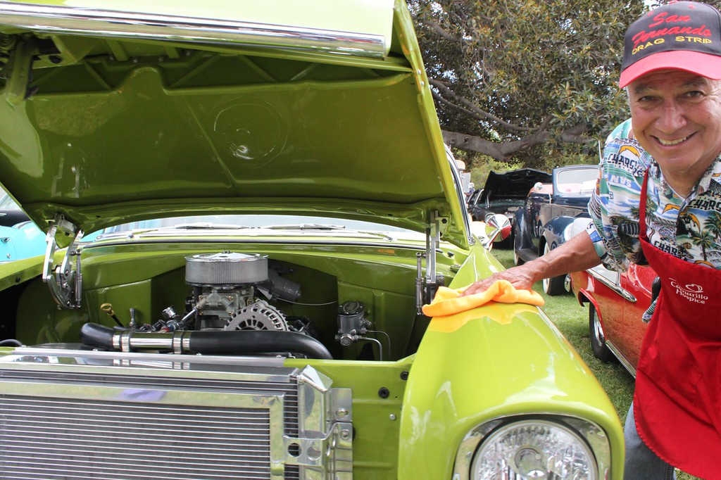 """Al Martinez of Camarillo took top honors in the honorary """"Auto Verde"""" category for his excruciatingly green Chevrolet hot rod.<br /> Martinez brought together the owners of more than xx classic autos for the """"middle C"""" portion of Camarillo Hospice's 2012 Chili, Cars and Country Music Festival."""