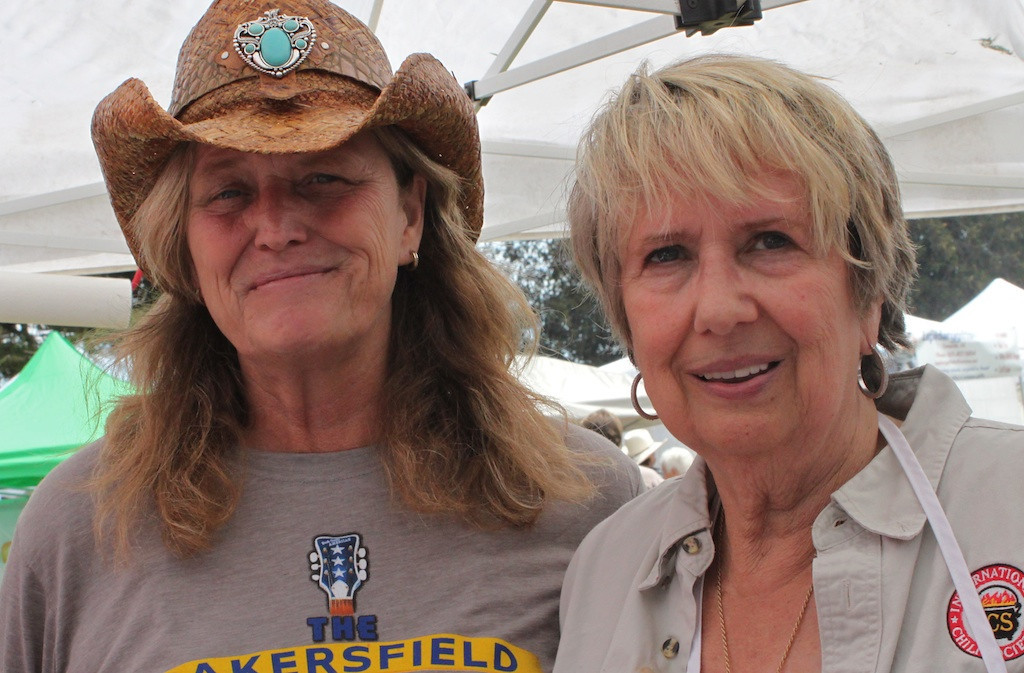 Maud Swick, right, and daughter Kim Cottrill walked away with second place in the Chile Verde category