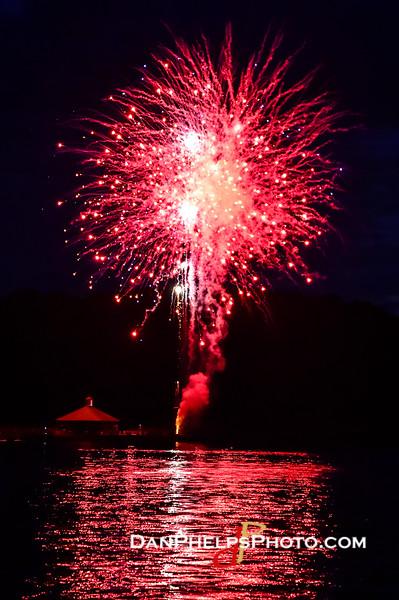 2016 Fireworks-9