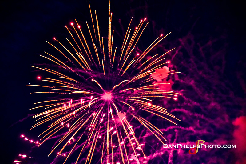 2016 Fireworks-40