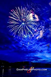 2016 Fireworks-15