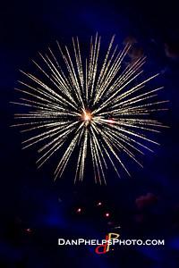 2016 Fireworks-11
