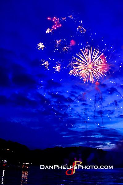2016 Fireworks-20