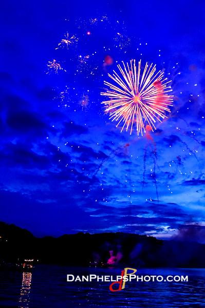 2016 Fireworks-21