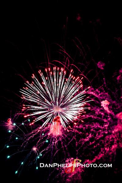 2016 Fireworks-23