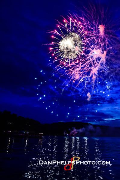 2016 Fireworks-13