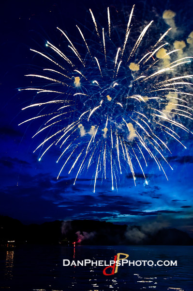 2016 Fireworks-32