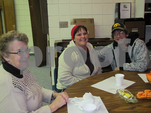 Shirley Lewis, Jennifer and Jody Lewis are all smiles after enjoying the great meal.