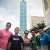VDL-JLiu KWu KWong VNgo and stranger at Taipei 101