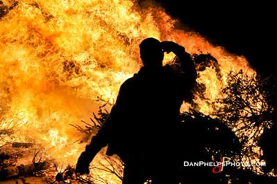 2015 XMAS Tree Firestorm