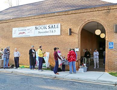 Patrick Henry Library Book Sale, Nov 2-3, 2013
